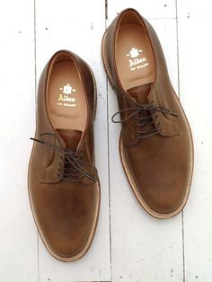 Fashion Men's Shoes. Alden Oxford. #menfashion #menshoes [http://www.pinterest.com/alfredchong/]