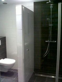 Van badkamer en toilet renovatie tot aanbouw. Klussenbedrijf Arno. Uw veelzijdige vakman voor al uw grote verbouwingen en /of kleine klussen in en om uw huis ondergebracht bij 1 klussenbedrijf. Op onderhoud, Arno, Toilet, Bathroom, Washroom, Flush Toilet, Full Bath, Toilets, Bath, Bathrooms