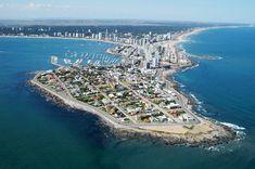 Post com dicas e fotos de 10 lugares para se conhecer em Punta del Este, de acordo com experiência própria.