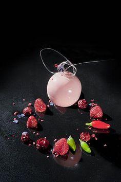 EXQUISITE! - #recette #dressage #assiette #artculinaire #art #food #foodporn #gastronomy #gastronomic #fooddesign #culinary #foodart #gourmet #gourmand #joiedevivre #museumviews #HauteCuisine