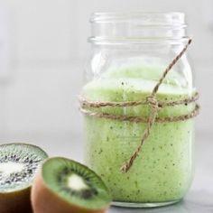 Avocado Kiwi Lime Smoothie HealthyAperture.com