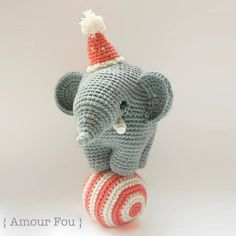 Today's free pattern on amigurumipatterns.net is Gustav the balancing elephant by Amour Fou: http://ift.tt/1ZHRxTn