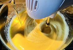 Ciambellone umplut cu cremă de ciocolată – Chef Nicolaie Tomescu Kitchen Aid Mixer, Kitchen Appliances, Diy Kitchen Appliances, Home Appliances, Kitchen Gadgets