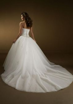ball gown wedding dresses :)