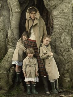 Stella Tennant with her kids, Cecily, Jasmine and Marcel, by Mario Testino for Vogue