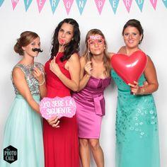#photocall #valencia #spain #wedding #ideas #bodas #fotografia #invitados #guests #fun
