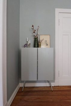 My handyman weekend was successful: Through the new cabinet acts d . - Ikea DIY - The best IKEA hacks all in one place Bedroom Hacks, Ikea Bedroom, Ivar Regal, Closet Ikea, Ikea Hacks, Ivar Ikea Hack, Ikea Shelves, Best Ikea, New Cabinet