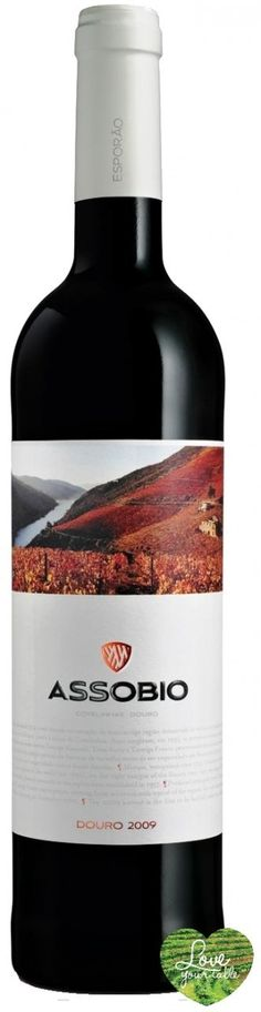 Love Your Table - Assobio Red Wine 2010, €11,99 (http://www.loveyourtable.com/assobio-red-wine-2010/)