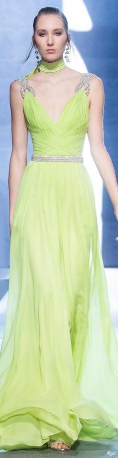 Fall 2021 RTW Elie Saab Green Fashion, New Fashion, Fashion Show, Fashion Design, Elie Saab Couture, Ellie Saab, Haute Couture Fashion, Couture Dresses, Fashion Boutique