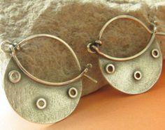 Artículos similares a Aros, pendientes del aro del ventilador, pendientes Tribal contemporáneo inspirado, joyería de plata de plata Argentium pendientes, Sterling en Etsy
