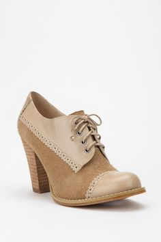 suede & Leather Oxford Heel