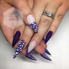 Stiletto nails 2 the highest power! Dope Nails, Glam Nails, Crazy Nails, Fancy Nails, Beauty Nails, Acrylic Nail Designs, Stiletto Nail Designs, Blue Stiletto Nails, Purple Nails