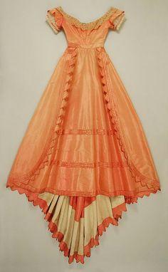 1867 - 1868 American Evening Dress