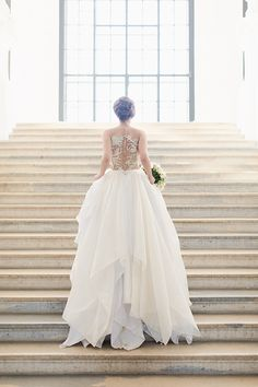 It is our passion to scour the bridal fashion world which leads us to these Austrian high fashion wedding designers and never been seen 2019 styles. Wedding Designs, Wedding Styles, Strictly Weddings, Contemporary Classic, Traditional Wedding, Bridal Style, Wedding Details, High Fashion, Classic Weddings