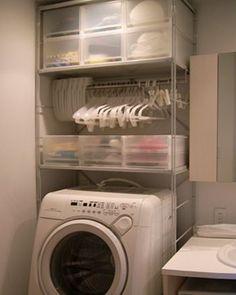 Storage and hangers above the laundry machine. From MUJI. Laundry Room Storage, Laundry In Bathroom, Storage Spaces, Laundry Area, Small Laundry, Diy Interior, Interior Design Living Room, Casa Muji, Muji Home