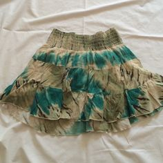 """Selling this """"Guess skirt made in USA"""" in my Poshmark closet! My username is: krdefacci. #shopmycloset #poshmark #fashion #shopping #style #forsale #Guess #Dresses & Skirts"""