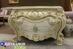 Jual bufet jati minimalis jepara terbaru | Toko bufet ukir mewah murah Handmade Furniture, Shabby Chic Furniture, Antique Furniture, Bed Furniture, Luxury Furniture, Painted Furniture, Furniture Design, Classic Consoles, Wardrobe Cabinets