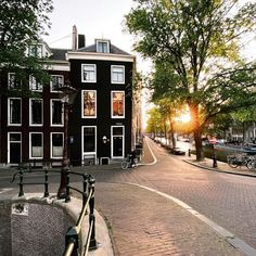 Visit Amsterdam, Amsterdam City, Amsterdam Netherlands, Sunnies, Past, Paradise, Street View, Architecture, Places