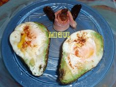 http://lacocinademiguiyfamilia.blogspot.com.es/2012/01/huevos-escalfados-en-aguacate.html