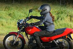 These FIVE KEY MOTORCYCLE riding skills will not only give you a refresher but without a doubt increase your riding safety confidence and pleasure! Beginner Motorcycle, Motorcycle Tips, Custom Motorcycle Helmets, Triumph Motorcycles, Vintage Motorcycles, Harley Davidson Motorcycles, Custom Motorcycles, Custom Baggers, Women Motorcycle