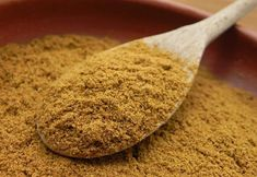 Cumin is notable for its intensely strong flavour and aroma. The cumin plant grows abundantly in mild, equable climatic conditions where rich, well drained sandy loamy soil is available. Foods With Iron, Foods High In Iron, Cumin Plant, Turkish Spices, Bitters Recipe, Dried Plums, Sauce For Chicken, How To Make Sausage, Healthy Fruits