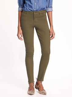 I have these jeans (both this color and burgundy), would love tops to go with them. Skinny Jeans in Salamander | Old Navy