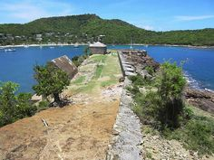 Fort Berkeley (1704) guards the western entrance to English Harbour near Nelson's Dockyard, Antigua. File:Fort Berkeley (5915536801).jpg
