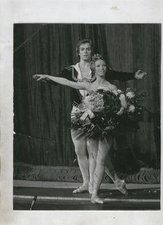 Nureyev and Natalia Makarova during a curtain call for 'Swan Lake'.