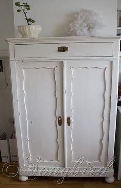 chalk paint closet makeover