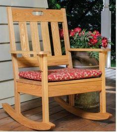 Ah! E se falando em madeira...: cadeira de balanço