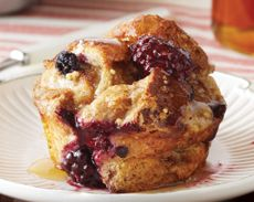 Love this idea!  French toast muffins....  so easy! They are made with multigrain bread and are freezable.  Great for the kiddies breakfasts