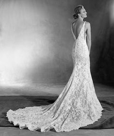 Estela - Vestido de noiva estilo sereia e guipura com tule e renda