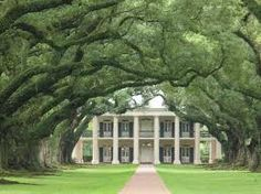 Oak Alley Plantation... Reminds me of our first anniversary. LOVE Southern antebellum architecture.