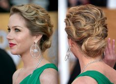 Christina Applegate s Curly Updo Curly Prom Hair Zimbio Celebrity Wedding Hair, Wedding Hair And Makeup, Curly Prom Hair, Curly Hair Styles, Updo Styles, Wavy Updo, Bun Updo, Updo Hairstyle, Low Chignon