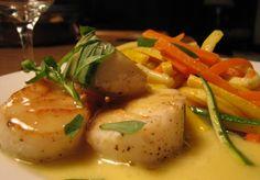 Scallops with orange-tarragon beurre blanc CALIFORNIA, FRAN