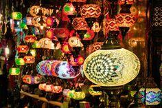 Luminárias no Grande Bazar