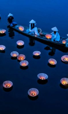 Lights Floating on the River in Vietnam Beautiful World, Beautiful Places, Beautiful Vietnam, Magic Places, Foto Fashion, World Cultures, Belle Photo, Beautiful Landscapes, Nature Photography