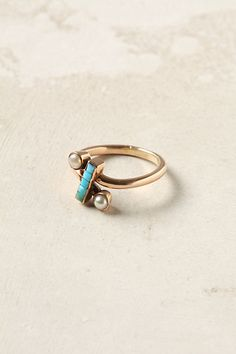 turquoise & pearl vintage ring, very simple but so striking, the color is still so vibrant & the design is very clever.