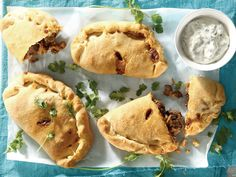 hc Calzone, Party Snacks, Food Inspiration, Mexican, Pasta, Yummy Food, Baking, Ethnic Recipes, Afrikaans