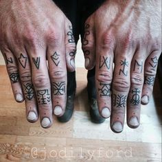 Today, millions of people have tattoos. From different cultures to pop culture enthusiasts, many people have one or several tattoos on their bodies. While a lot of other people have shunned tattoos… Hand Tattoos For Guys, New Tattoos, Body Art Tattoos, Small Tattoos, Tatoos, Arabic Tattoos, Arabic Henna, Sleeve Tattoos, Dragon Tattoos