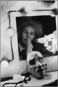 "1981. Ariane MNOUCHKINE, director of the Théatre du Soleil, with a mask of the Duchesse of Gloucester by Suiss sculptor Erhard STIEFEL, during the rehearsals of ""Richard II"".  Photo Martine Franck"