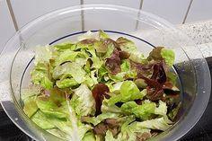 Vinaigrette, Lettuce, Vegetables, Food, Egg Salad, Cucumber Salad, Christmas Meals, Popular Recipes, Food Portions