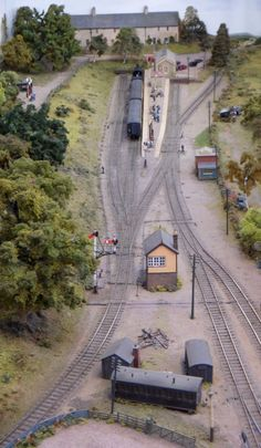 """Remember the poem """"Adlestrop"""" by Edward Thomas, where the GWR train stopped unexpectedly, the quiet N Scale Model Trains, Model Train Layouts, Scale Models, Model Railway Track Plans, Sounds Of Birds, Train Tracks, Scenery, Board, Thomas Train"""