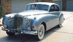 jaguar. Google Image Result for http://static.ddmcdn.com/gif/1950-57-jaguar-mark-vii-viim.jpg