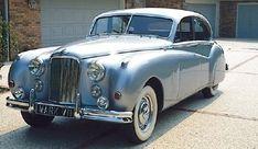 jaguar. Google Image Result for http://static.ddmcdn.com/gif/1950-57-jaguar-mark-vii-viim.jpg