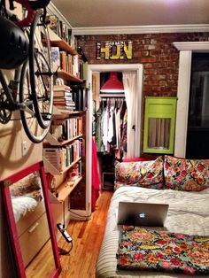Chelsea's Tiny Personality-Packed Room — House Call