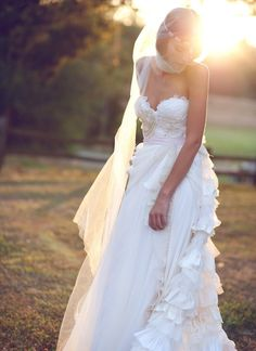 Bohemian Wedding Gown Some Kind of Wonderful. This is just too pretty!