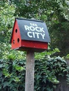 You'll see this sign on barns all over the south but where is Rock City?  Ahhh...Lookout Mts. in Chatanooga, TN