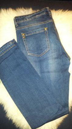 Es handelt sich hier um eine ungetragene #blaue  #jeans von #takkofashion . Sie ist Größe W31/L32 und der Schnitt nennt si...
