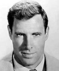 Bruce Dern. The man who shot John Wayne in the back in The Cowboys. Mia Farrow's rich husband in The Great Gatsby. http://www.imdb.com/name/nm0001136/